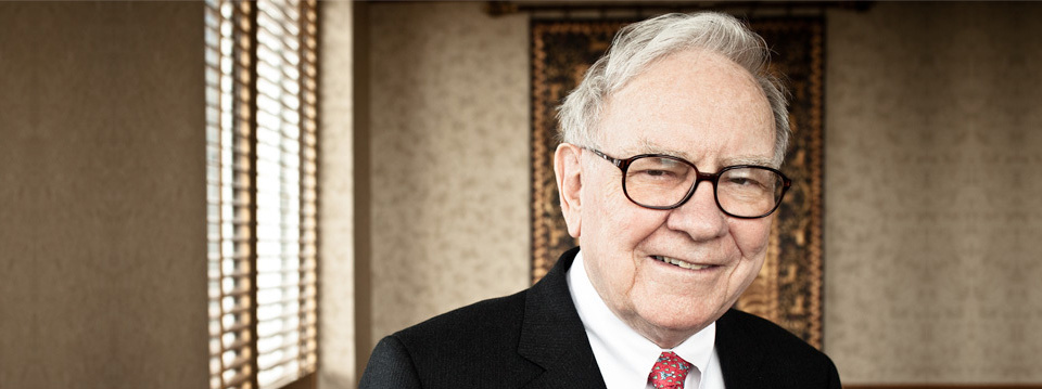 10 Tips to Save Money Like Warren Buffett