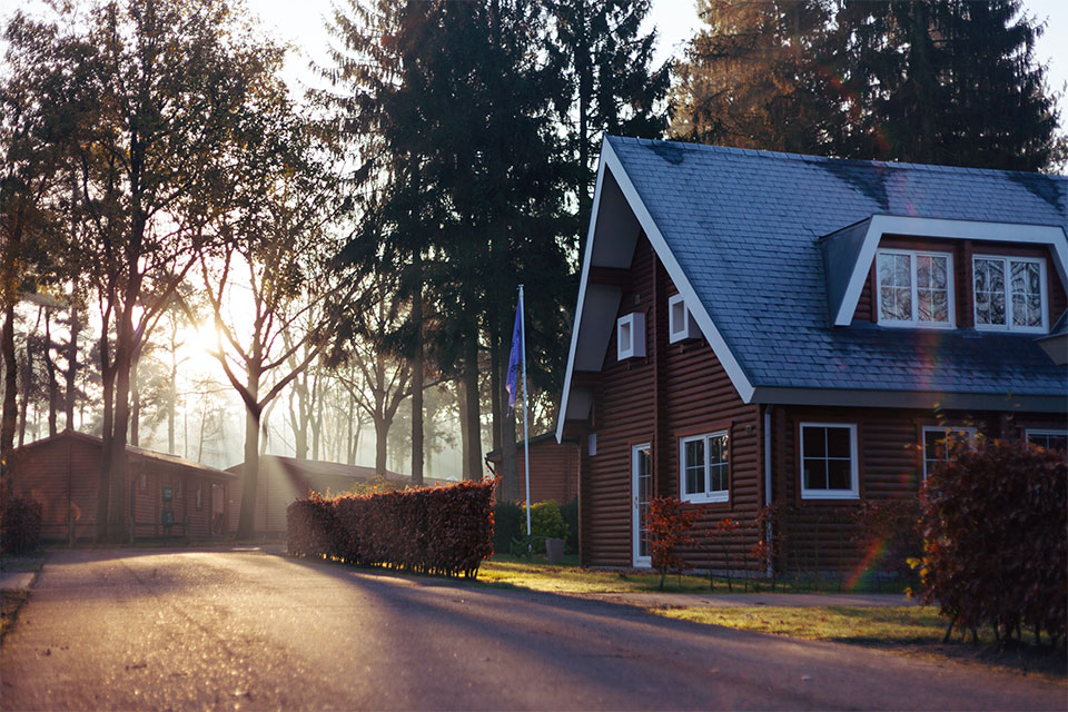 Should You Refinance Your Mortgage? Look Out for These 4 Signs