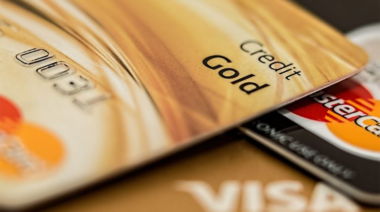 Common Credit Card Pitfalls to Avoid
