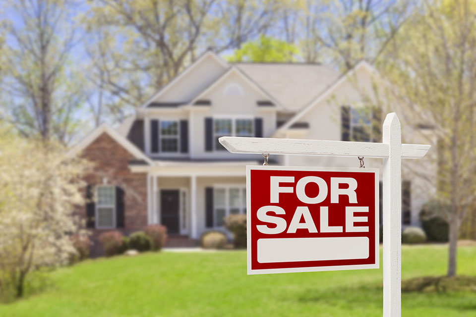 6 Real Estate Hacks that Will Save You a Ton