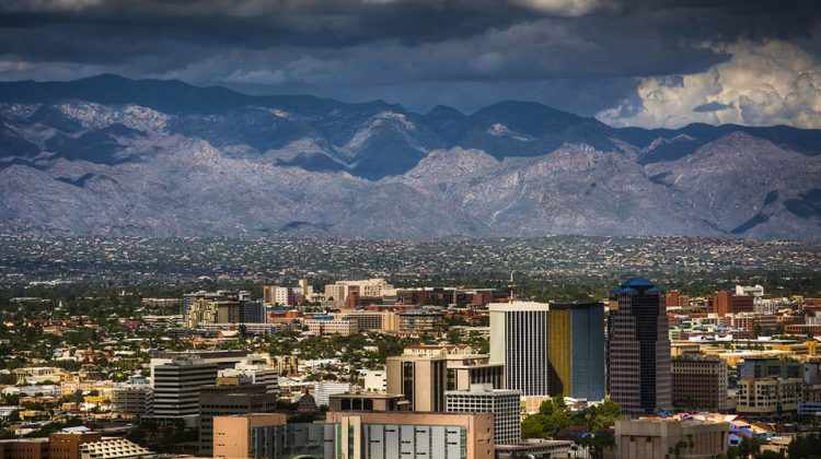 6 Reasons a Financial Advisor in Tucson Can Help You with Your Business