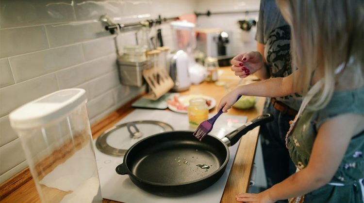 3 Side Hustles to Make Money While Entertaining and Cooking