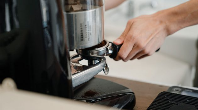 Why Coffee Shops Need the Right Coffee Grinder