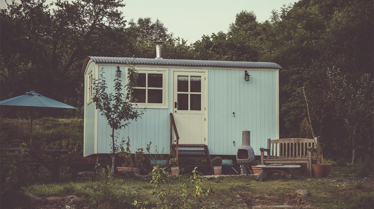 Should You Buy a Tiny Home or a Mobile Home?