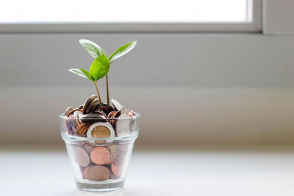 6 Ways To Invest Your Money Smartly